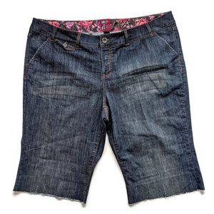 Torrid Cutoff Denim Jean Shorts 26